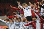 [남아공 월드컵 축구] '전차군단' 독일, 우루과이 돌풍 잠재웠다