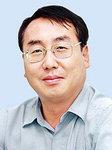 [데스크시각] 김두관 경남지사 한 달, 기대와 걱정 /장재건