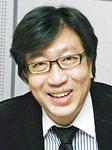 [시론] '아덴만의 여명'에서 '개헌의 여명'으로? /신율