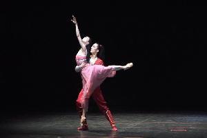 한국 발레의 진수 `부산의 봄`을 수놓다