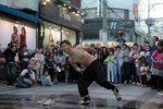 춤, 거리 위에서 새 생명을 얻다