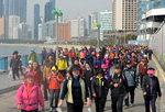 '갈맷꾼' 1만여 명 운집…해변·강변 걸으며 봄 만끽