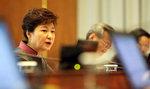 침묵 깬 박 대통령 기존 입장 되풀이, 사과는 안해