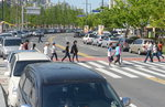 하루 3만 명 몰린 '송상현광장' 주차장은 고작 24면