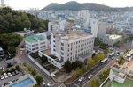 시민 품 안길 옛 한국은행 부산청사, 향후 활용 역사냐 예술이냐