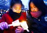 [신통이의 신문 읽기] 권력형 비리 폭로 뉴스가 '촛불'들게 했다