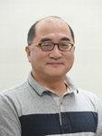 [조봉권의 문화현장] '이런 미친' 역사에서도 우리는 배우자