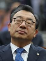 """이정현 """"탄핵 지금이라도 중지"""" 발언 속내는?"""