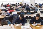 청년실업률 9.8%... 실업자 사상 첫 100만 명