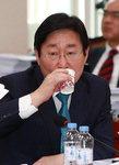 """박범계, 박 대리인단에 """"봉숭아 학당같아"""" 비난"""