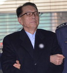 """""""비정상을 정상화…범죄 안 돼"""", 김기춘 측 '블랙리스트' 반격"""