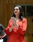 앤 해서웨이, 세계 여성의날 맞아 UN 연설 '육아 휴직 여성인권 강조'