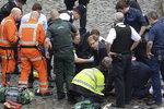 런던 테러, 차량 질주 다리위에 한국인 23명...5명 부상