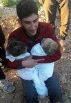 시리아 독가스 공습에 9개월 된 쌍둥이 잃은 시리아 남성 절규...SNS 타고 이번 사태 참상 생생히 전달