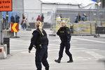 스웨덴 스톡홀름서 차량 돌진 테러...최소 2명 숨져