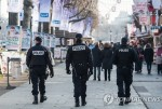 프랑스 대선 코앞에 두고 파리 총격전.. 자동소총으로 '경찰 사격'
