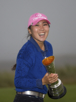 """김인경, LPGA 메이저 대회 첫 우승...""""선물 받은 기분"""""""