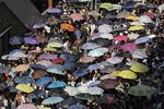홍콩 '우산혁명' 주역 징역형에 대규모 시위