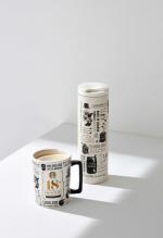 스타벅스 한국 18주년 기념 머그, '드라이브스루 5주년' 카드, 디자인 보니