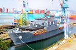 4900t급 해군상륙함 '노적봉함' 현대중공업서 진수