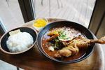 삿포로의 맛이 '스읍'…마음까지 녹이는 수프카레