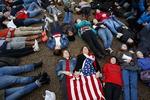 """""""다음 희생자는 나?"""" 미국 학생들 총기규제 요구 시위"""