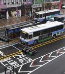 도로확장 없이 BRT(간선급행버스체계)…3차로 중 버스가 1·3차로 점령