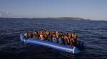 에게해 난민선 전복…최소 16명 사망 소식