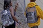 미국 잇따른 총기사고 속 투명가방까지 등장