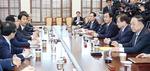 북미 중재·판문점선언 이행…문재인 대통령, 투트랙 '한반도 운전대'