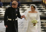 영국왕실 금기깬 동화같은 로열웨딩…세계가 축복