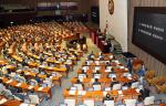 홍문종·권성동 체포동의안 부결에 민주당 '불똥'