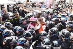 일본영사관 앞 징용노동자상 결국 강제 철거