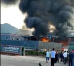 중국 쓰촨성 공장 폭발 19명 사망...검은 연기가 끝없이