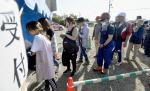 강진 후 관광객 발길 끊긴 일본 홋카이도, 자원봉사자 1000명 구슬땀