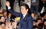 일본 아베 3연임…'전쟁 가능국가' 개헌 가시화