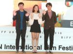 [영상] 부산국제영화제(BIFF) 영화 '늦여름' 임원희와 신소율의 솜사탕 같은 멜로 연기 화제
