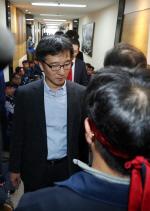 한국 GM 법인 분리 혼돈·갈등 다시 시작…'먹튀' 가능성에 노동조합 ·산업은행 강력 반발