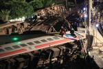 대만(타이완)서 최악의 열차 탈선 사고...22명 사망 171명 부상