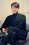 """'창궐'의 이청 왕자 역 현빈 """"친한 장동건…연기할 땐 서로 눈빛 달라졌죠"""""""