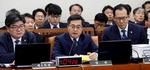 의원질의에 답변하는 김동연 부총리