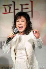 """수능 금지곡 1위 김연자 '아모르파티' """"태진아의 진진자라도 피해야"""""""