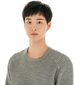 장동윤 '미스터 선샤인'에선 총기 구하고 '골목식당'에서는 돈가스 구하러