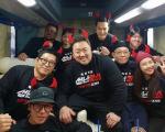 '성난황소' 마동석, 5일 만에 100만 돌파.. 귀여운 기념 사진