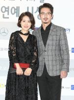[국제포토] 이하정, 정준호 부부 '부부 동반은 품격 있게' (KCA 문화연예 시상식)