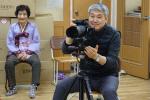 동주대 박희진교수 불우 노인들을 위한 24년째 영정사진 봉사활동