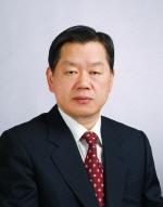 오거돈 부산시장, 김동일 명예교수 '자랑스러운 한국해양대인'