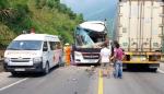 다낭 인근 한국인 관광객 버스 트럭과 충돌… 10명 중상 1명 경상