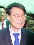 """장하성 """"북핵 중국과 전략적 소통, 한중 경제협력 새 모델 찾을 것"""""""