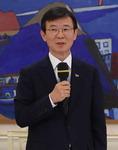 닻 올린 문성혁(해수부 장관)호…업계 기대 반 우려 반